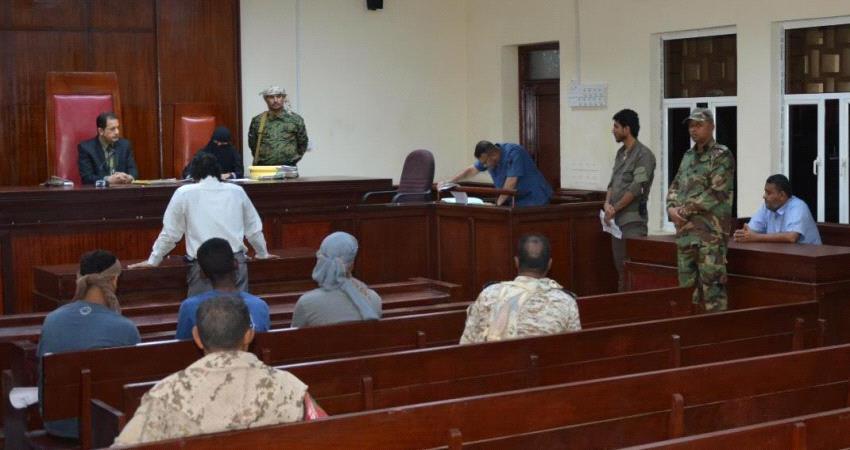 السجن 6 سنوات لمتهمين بالإرهاب في عدن